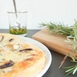 Buttermilch-Flammkuchen mit Pilzen