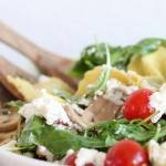Warmer Tortellini-Salat mit Ricotta