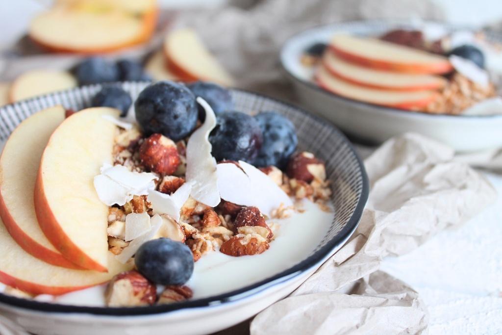 Nuss-Joghurt-Haferflocken-Muesli, schnelles Fühstücksmüsli