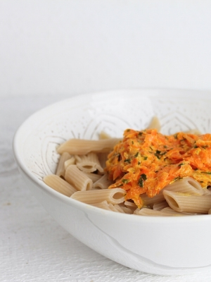 Nudeln mit Karottensoße