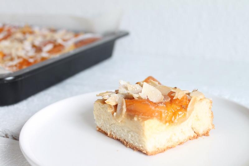 gesunder Aprikosenkuchen vom Blech
