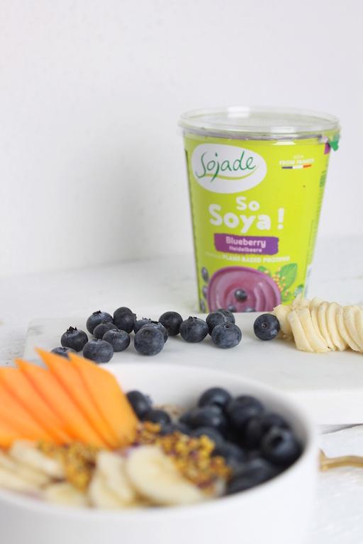Soya-Heidelbeer-Frühstück
